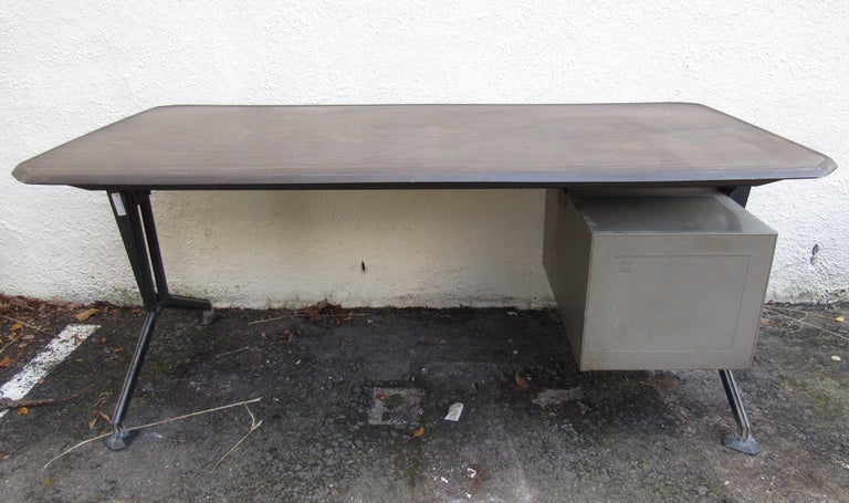 Italian Midcentury Arco Office Desk by Studio BBPR for Olivetti For Sale