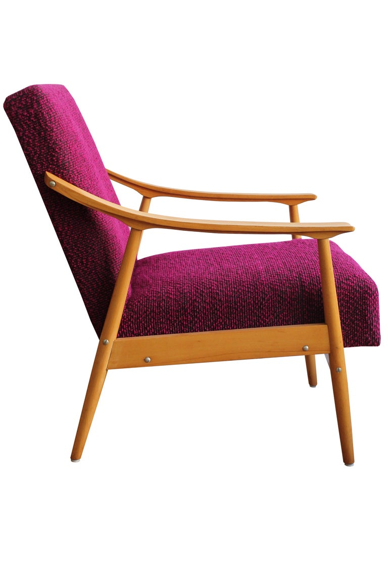 Midcentury Armchair In Good Condition For Sale In Brno, CZ