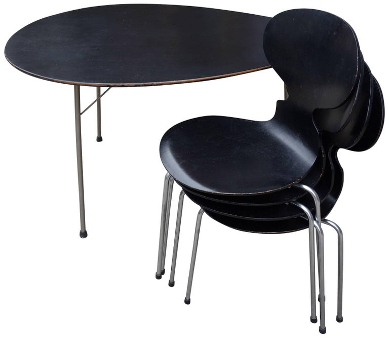 Danish Midcentury Arne Jacobsen Egg Table and Ant Chair Set For Sale