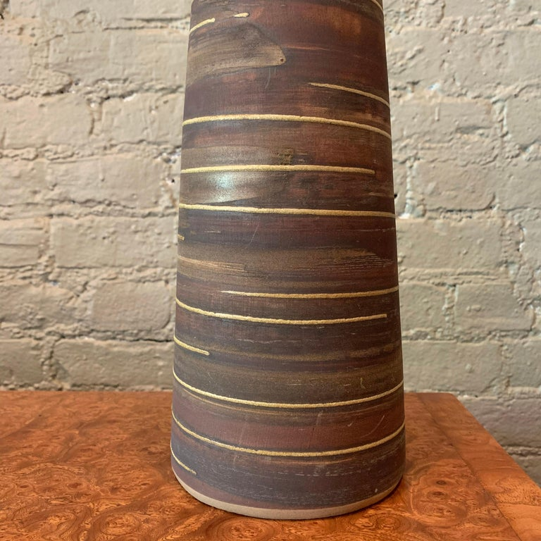 Mid-Century Modern Midcentury Art Pottery Table Lamp by Gordon Martz For Marshall Studios For Sale