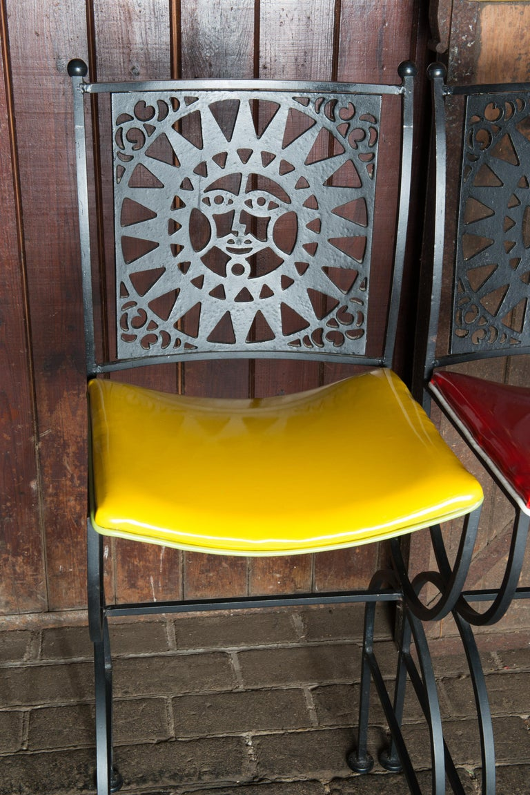 Mid Century Arthur Umanoff Mayan Sun Bar Stools In Good Condition For Sale In Stamford, CT