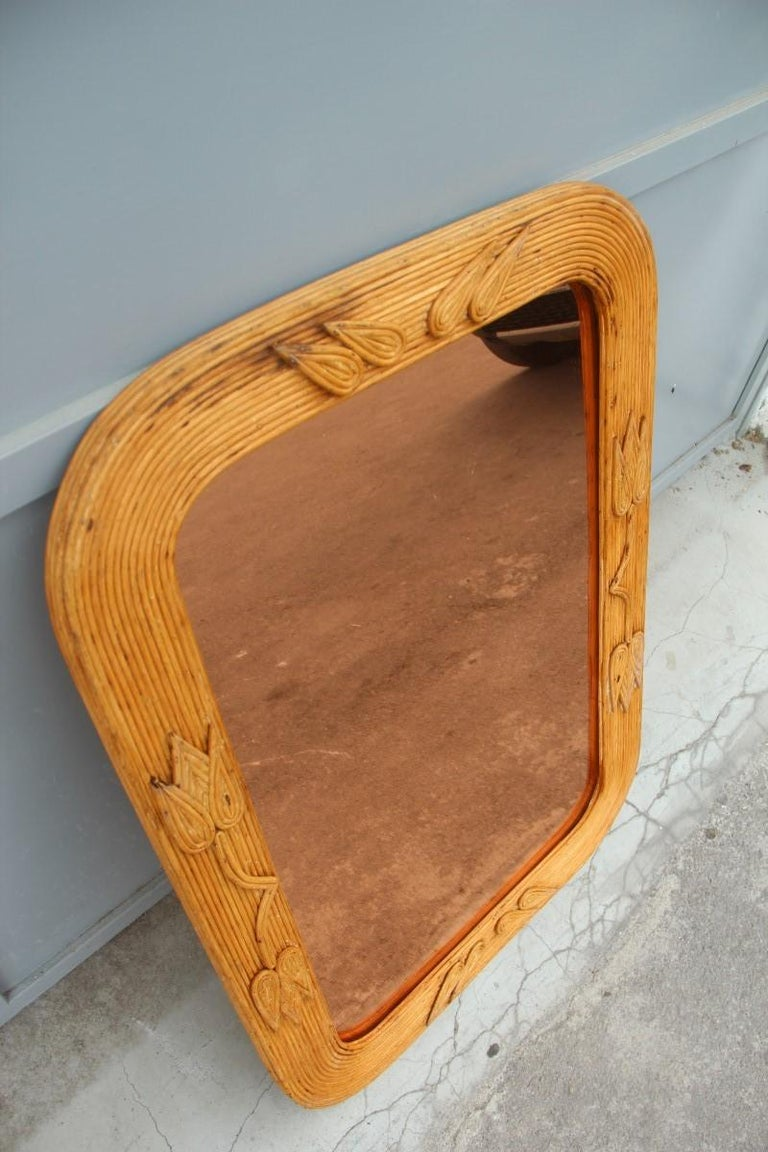 Midcentury Bamboo Wall Mirror Vivai del Sud Pink Flower Leaves Rectangular In Good Condition For Sale In Palermo, Sicily