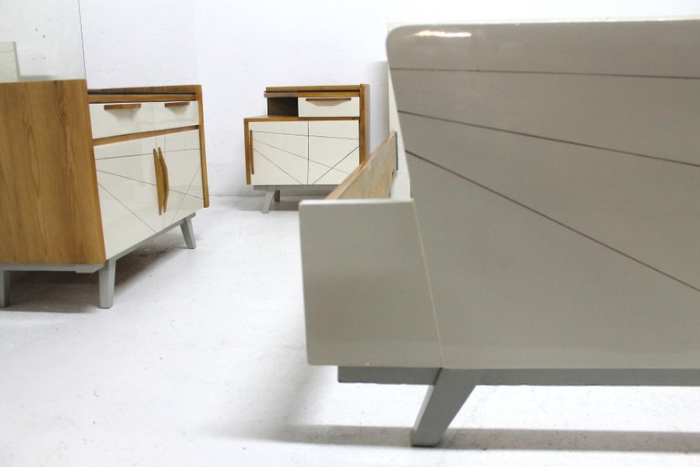 Midcentury Bedroom Set, Expo 58, Czechoslovakia For Sale 5