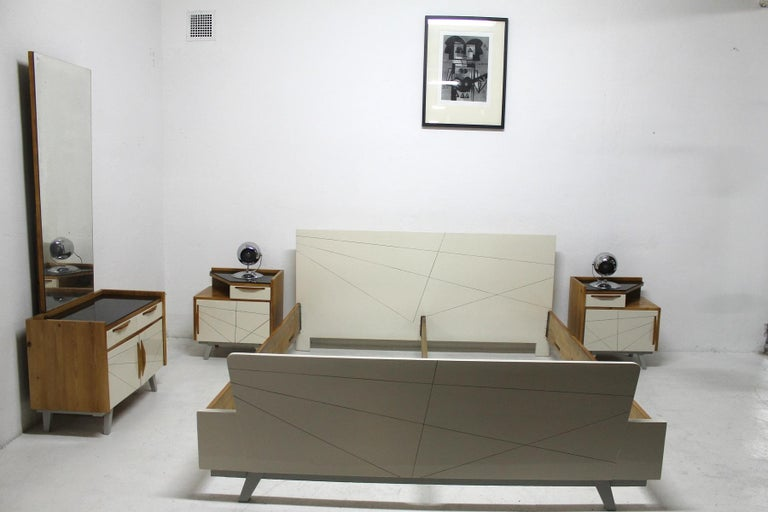 Midcentury Bedroom Set, Expo 58, Czechoslovakia For Sale 12