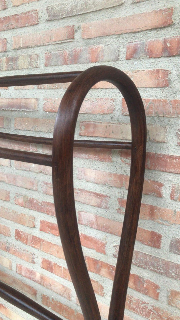20th Century Midcentury Bentwood Valet in the Thonet Style or Clothes Rail / Towel Rail For Sale