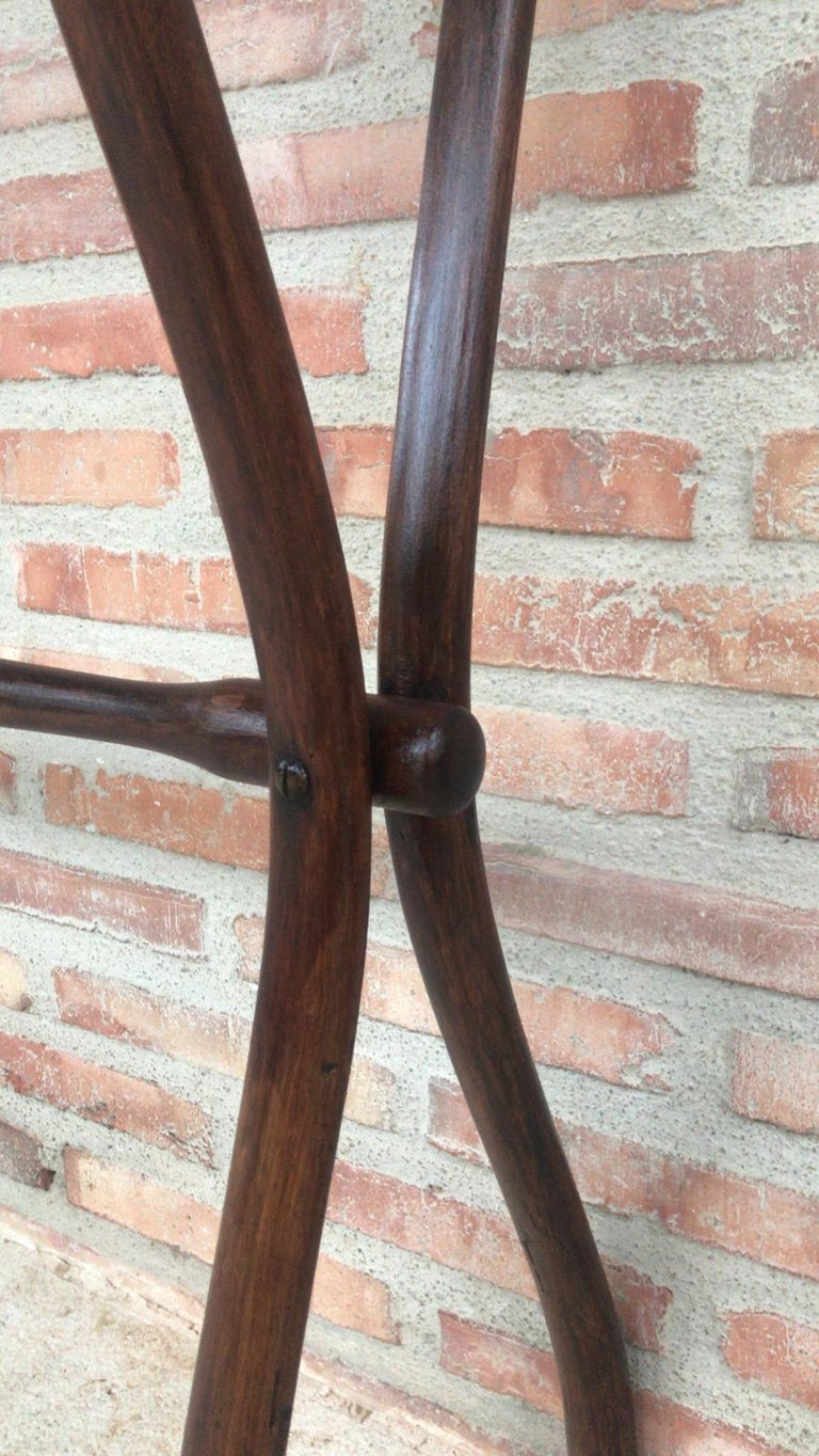 Midcentury Bentwood Valet in the Thonet Style or Clothes Rail / Towel Rail For Sale 1