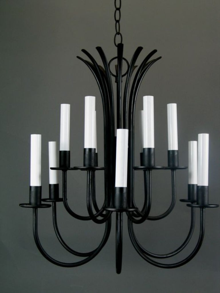 Mid Century Black Modern Chandelier In Good Condition For Sale In Douglas Manor, NY