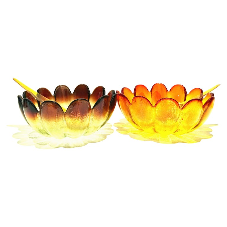 Midcentury Blown Glass Salad Serving Bowl and Lucite Salad Tosser's Set of 4 For Sale