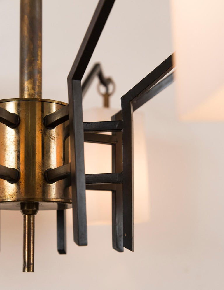 Mid-Century Brass 8-Light Chandelier attributed to Stilnovo, circa 1955 For Sale 1