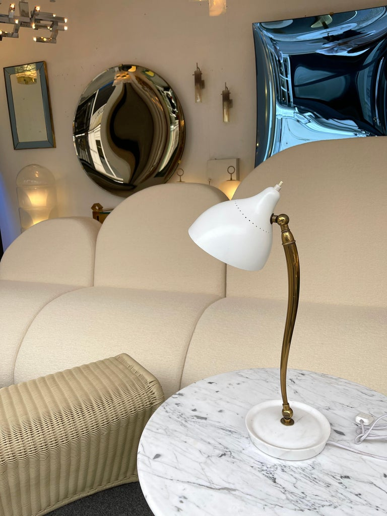 Mid-20th Century Mid Century Brass and Lacquered Metal Lamp by Stilnovo, Italy, 1950s For Sale