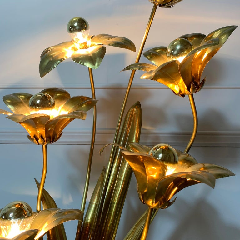 20th Century Midcentury Brass Flower Table Lamp, 1970s For Sale