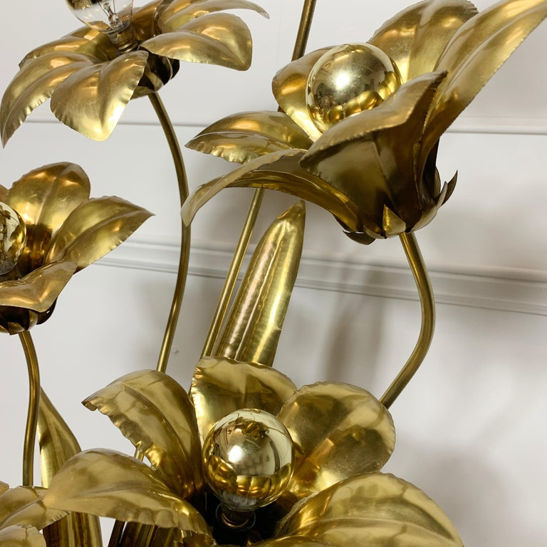 Midcentury Brass Flower Table Lamp, 1970s For Sale 2
