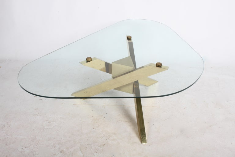 Mid-Century Brass Sculptural Tripod Base with Glass Top, Coffee Table For Sale 3