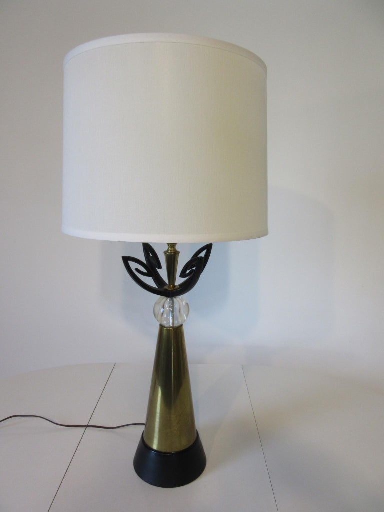 Midcentury Brass Table Lamp / in the Style of Rembrandt, Aurora In Good Condition For Sale In Cincinnati, OH