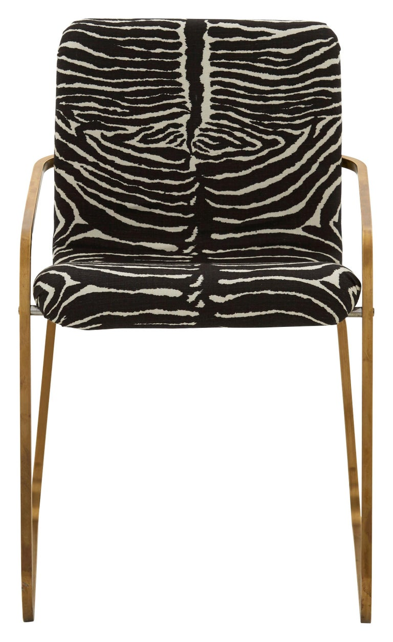• Designed by Willy Rizzo