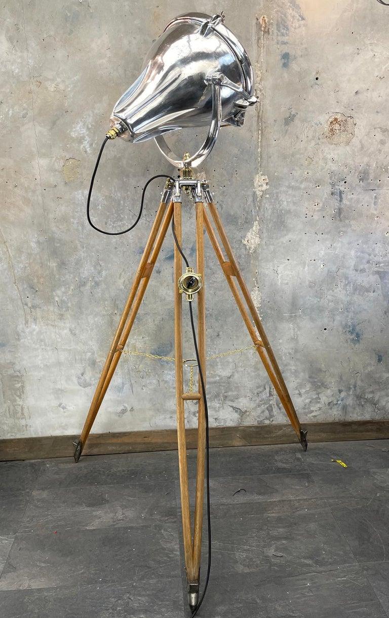 Midcentury British Cast Aluminium Industrial Light & Watts Bronze Tripod Tripod For Sale 6