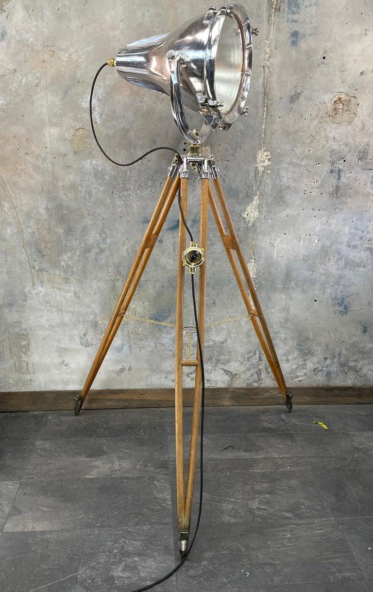 20th Century Midcentury British Cast Aluminium Industrial Light & Watts Bronze Tripod Tripod For Sale