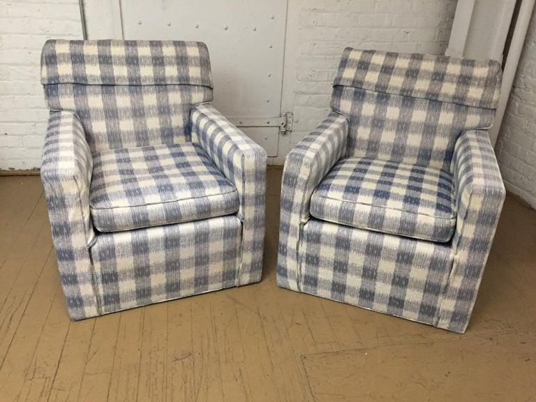 Mid -Century Brunschwig & Fils  Kravet Furniture Loveseat or Sofa For Sale 2