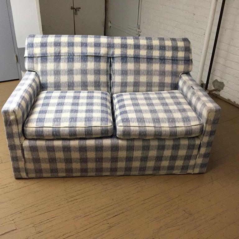 American Classical Mid -Century Brunschwig & Fils  Kravet Furniture Loveseat or Sofa For Sale