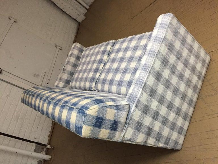 20th Century Mid -Century Brunschwig & Fils  Kravet Furniture Loveseat or Sofa For Sale