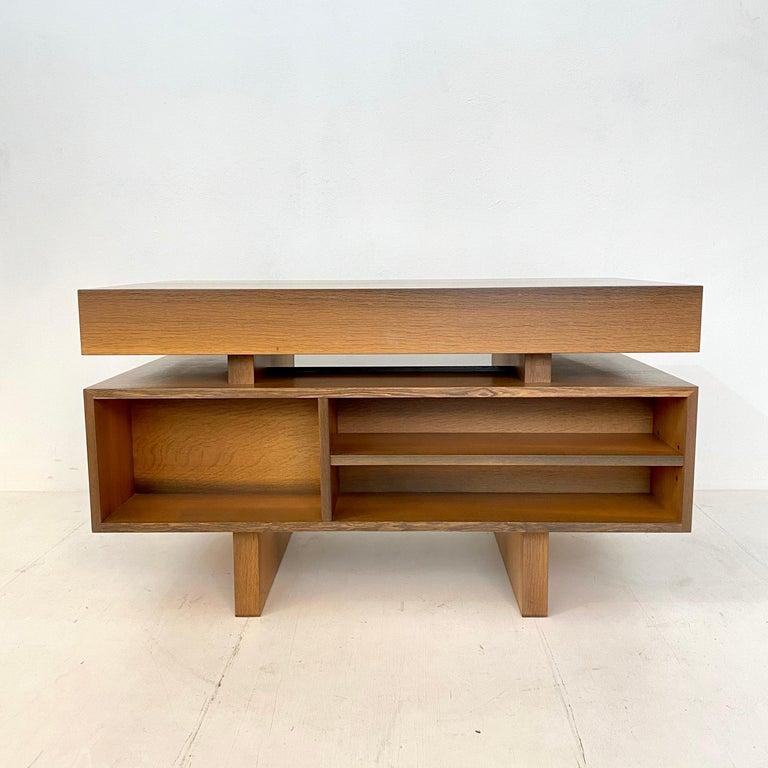 Mid Century Brutalist Desk in Bog Oak and Mahogany, around 1970s In Good Condition For Sale In Berlin, DE