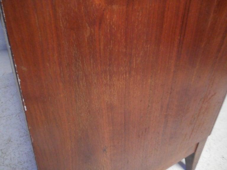 Midcentury Cedar Chest by Lane Furniture 10