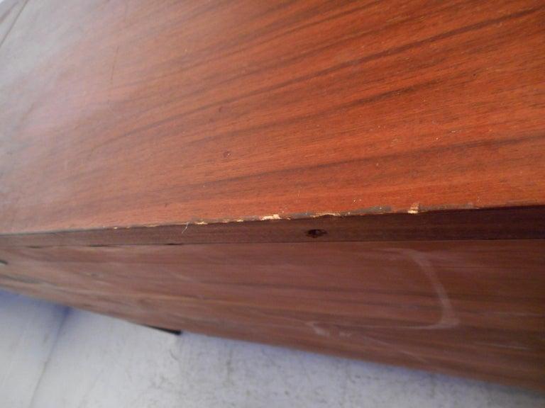 Midcentury Cedar Chest by Lane Furniture 11