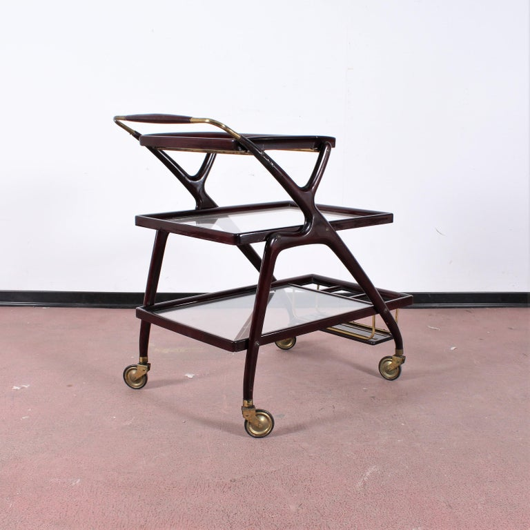 Midcentury Cesare Lacca Vintage Curved Wooden Serving Bar Cart, Italy, 1950s In Good Condition For Sale In Palermo, IT
