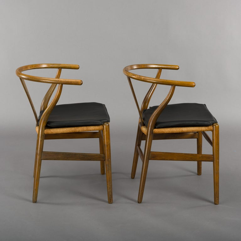 Midcentury CH24 Wishbone Chairs by Hans J. Wegner for Carl Hansen & Søn Made in For Sale 8