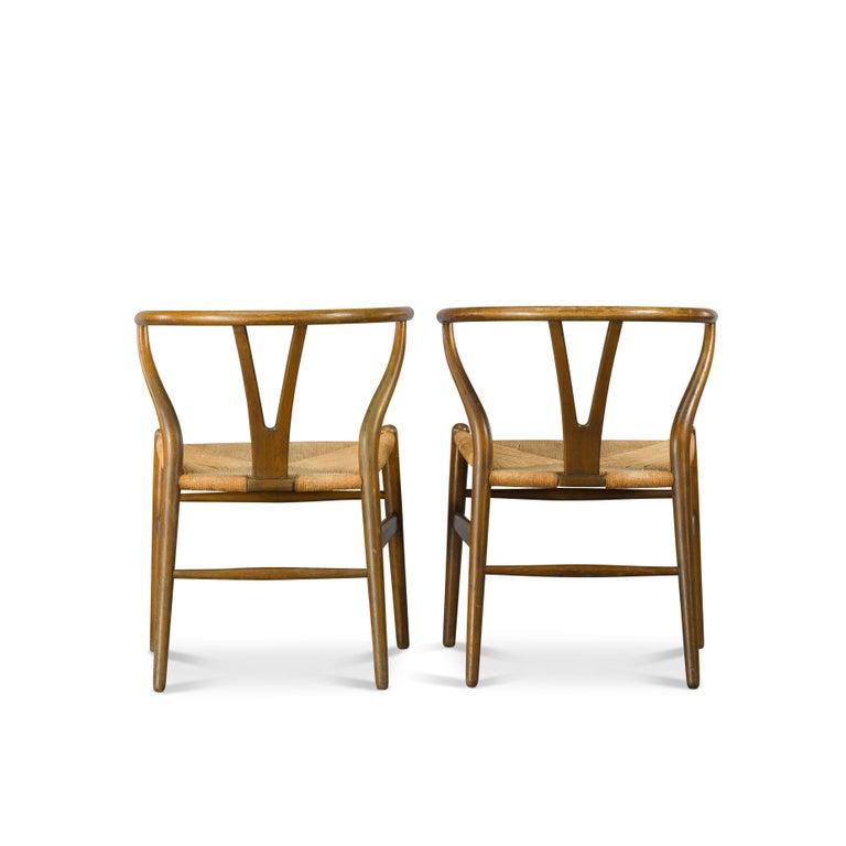 Midcentury CH24 Wishbone Chairs by Hans J. Wegner for Carl Hansen & Søn Made in In Good Condition For Sale In Teteringen, Noord-Brabant