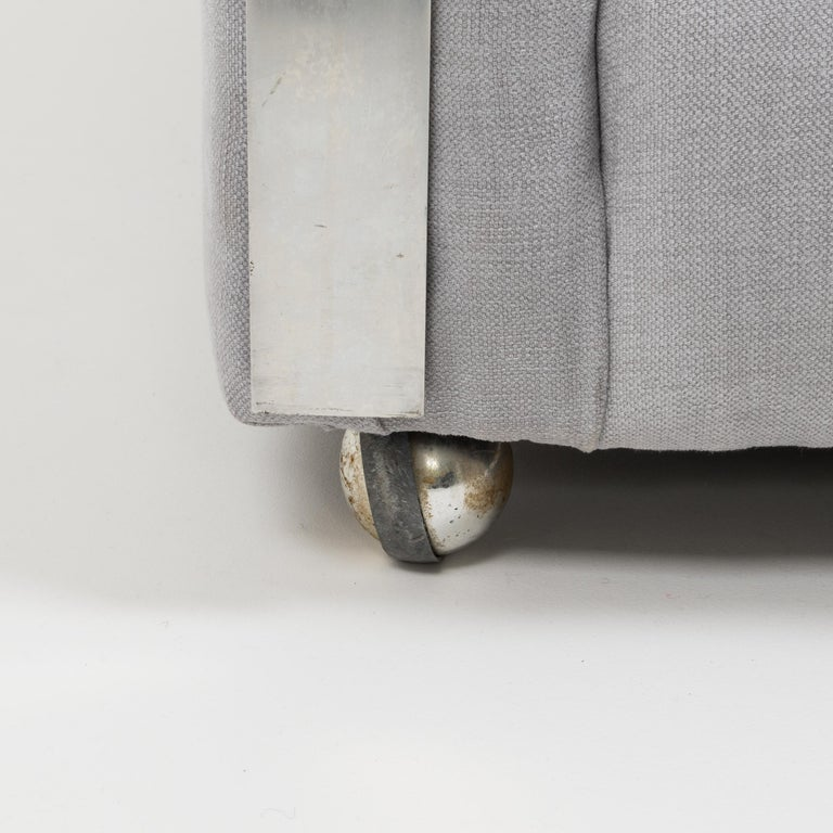 Midcentury Grey & Chrome Frame Armchair in the Style of Milo Baughman For Sale 6