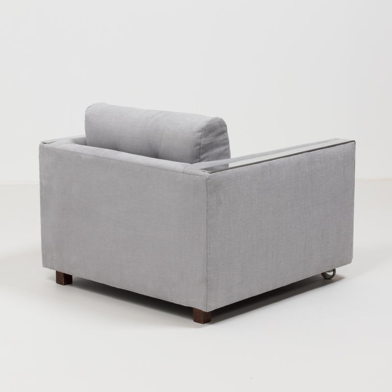 Midcentury Grey & Chrome Frame Armchair in the Style of Milo Baughman In Good Condition For Sale In London, GB