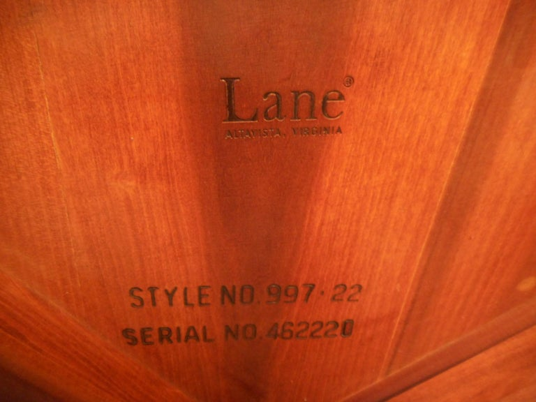 Midcentury Circular Side Table by Lane Furniture For Sale 1