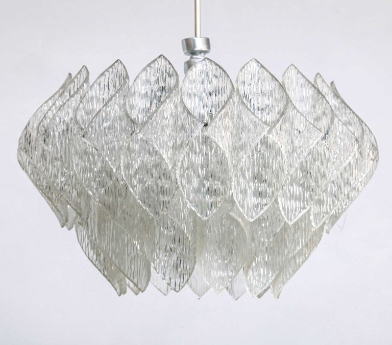 Mid-Century Modern Midcentury Clear Iced Lucite 2 Tiers Chandelier For Sale