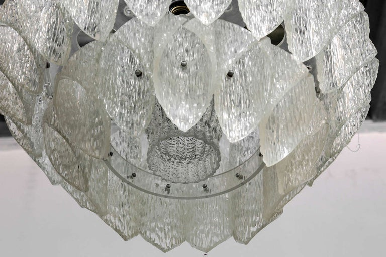 Hand-Crafted Midcentury Clear Iced Lucite 2 Tiers Chandelier For Sale