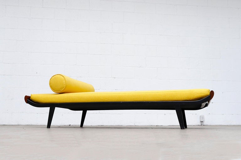 Dutch Midcentury 'Cleopatra' Daybed for Auping For Sale