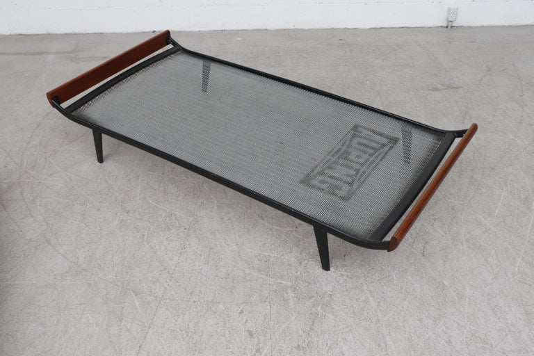 Enameled Midcentury 'Cleopatra' Daybed for Auping For Sale