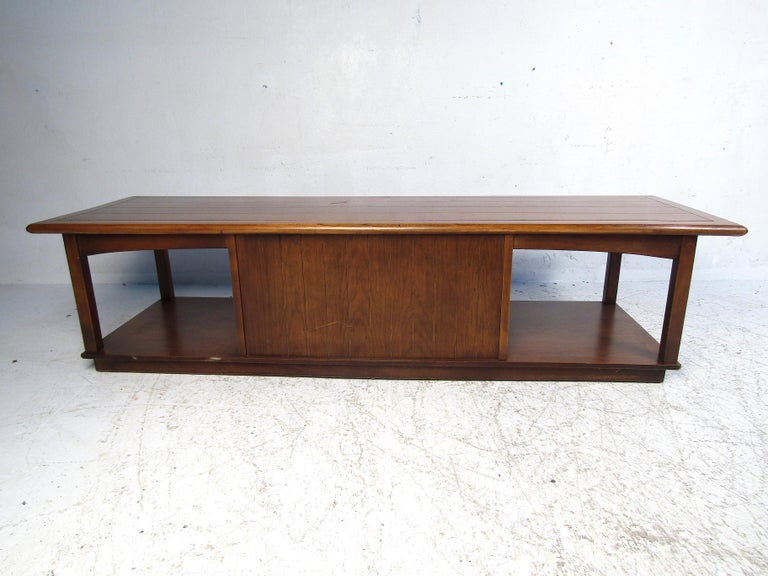 American Midcentury Coffee Table by Lane For Sale