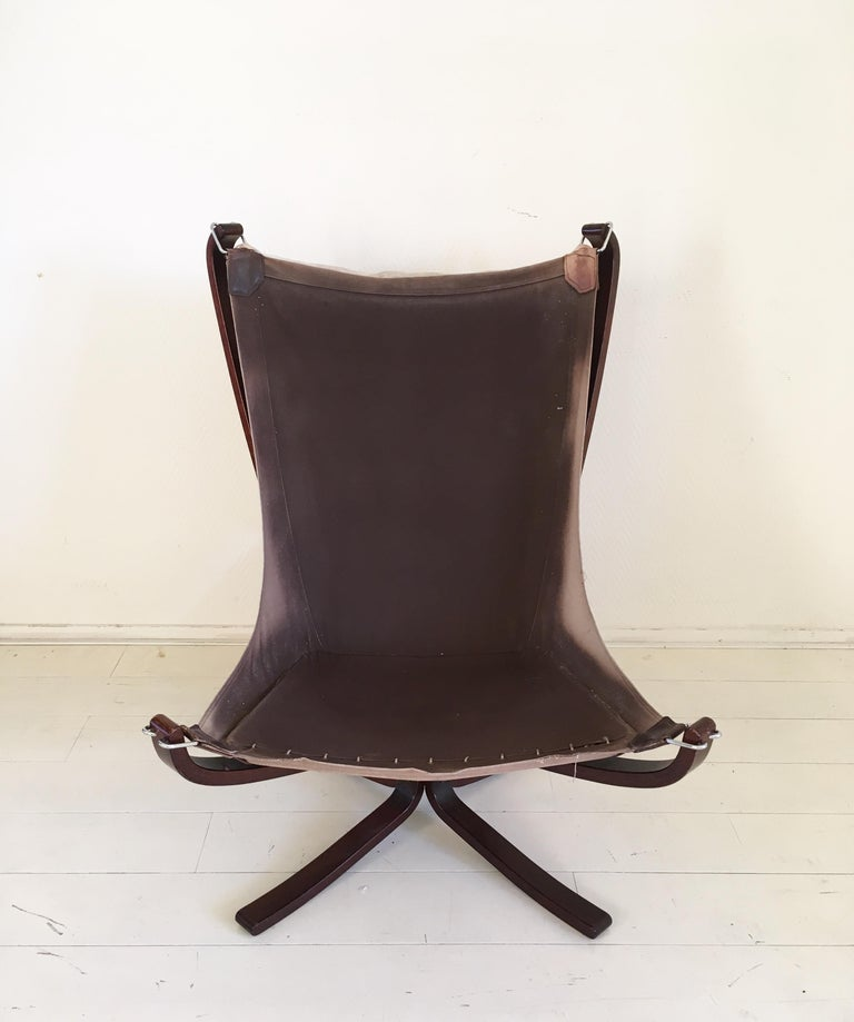 Midcentury, Cream White, Falcon Chair by Sigurd Resell for Vatne Mobler, 1970s For Sale 1