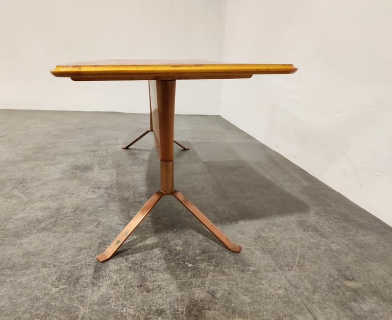 Midcentury Curved Coffee Table, 1960s In Good Condition For Sale In Ottenburg, BE