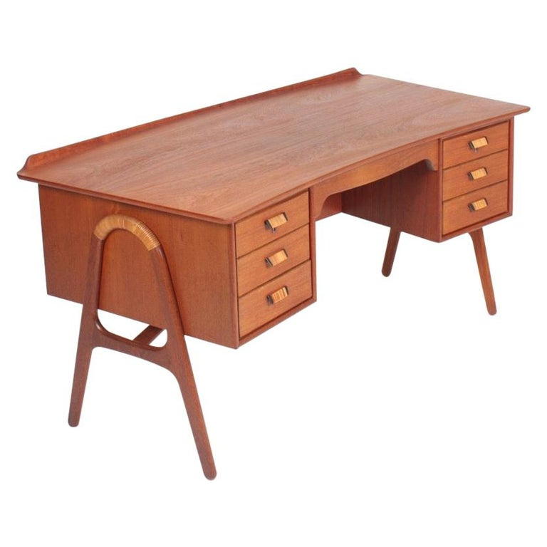 Midcentury Danish Design Desk in Teak by Svend Aage Madsen, 1950s For Sale