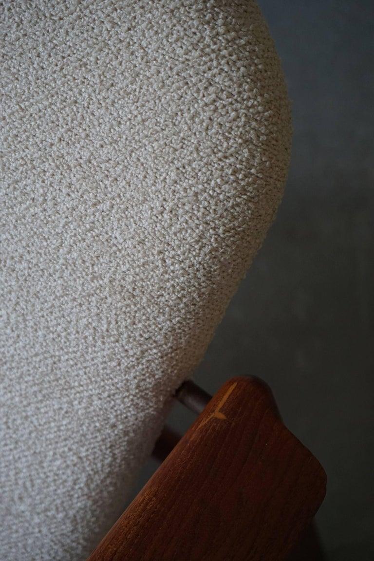 Mid Century Danish Lounge Chair in Teak and Bouclé, Finn Juhl Style, 1960s For Sale 6