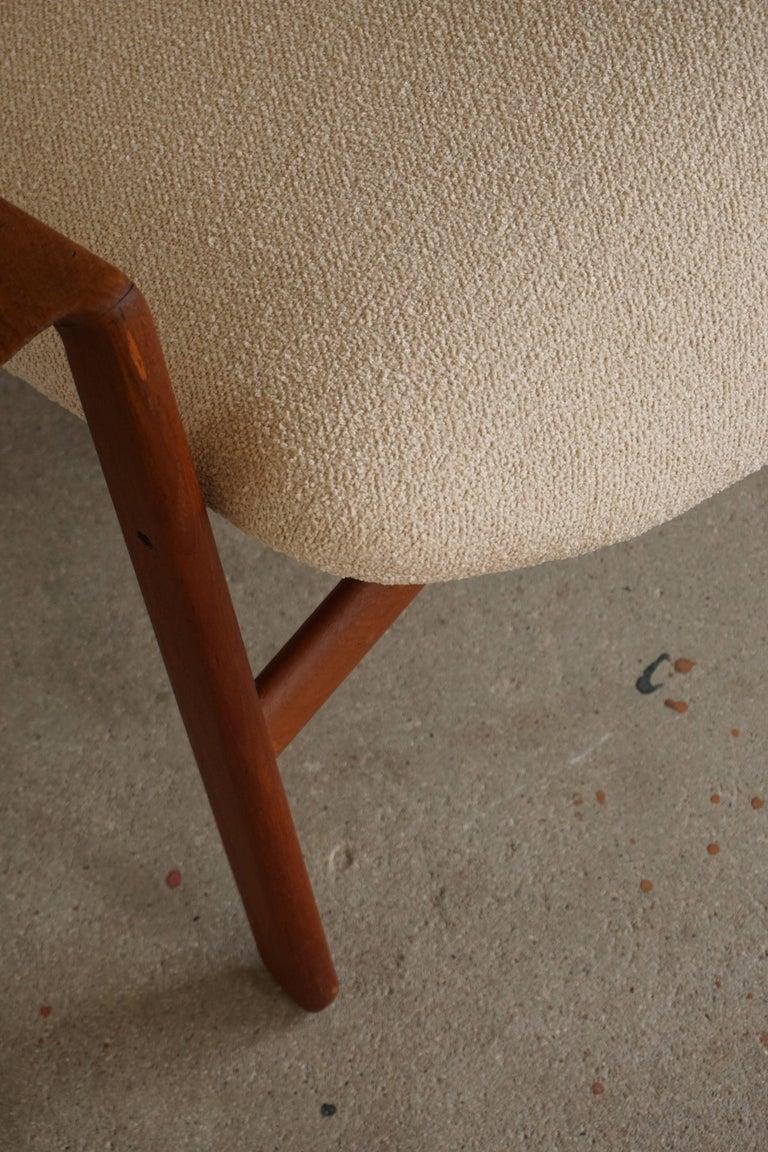 Mid Century Danish Lounge Chair in Teak and Bouclé, Finn Juhl Style, 1960s For Sale 11