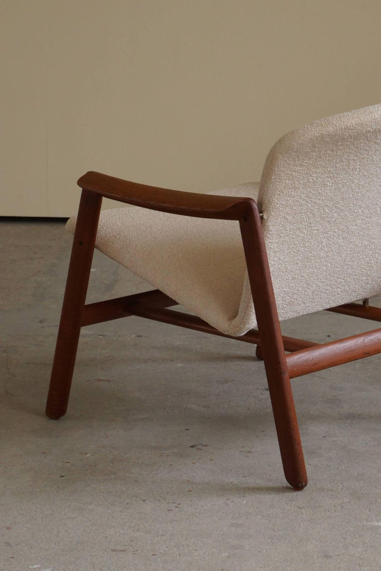 Mid Century Danish Lounge Chair in Teak and Bouclé, Finn Juhl Style, 1960s For Sale 13