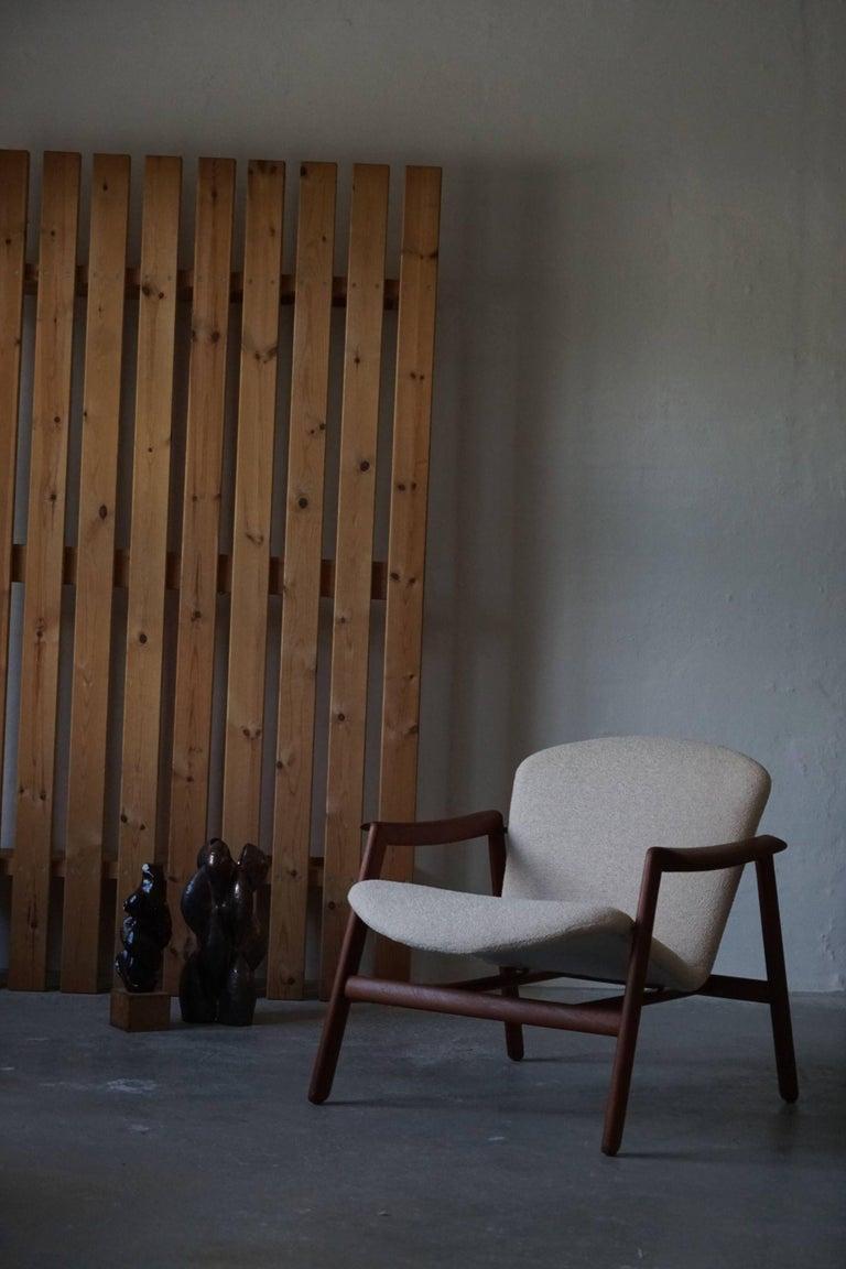 Mid Century Danish Lounge Chair in Teak and Bouclé, Finn Juhl Style, 1960s For Sale 15