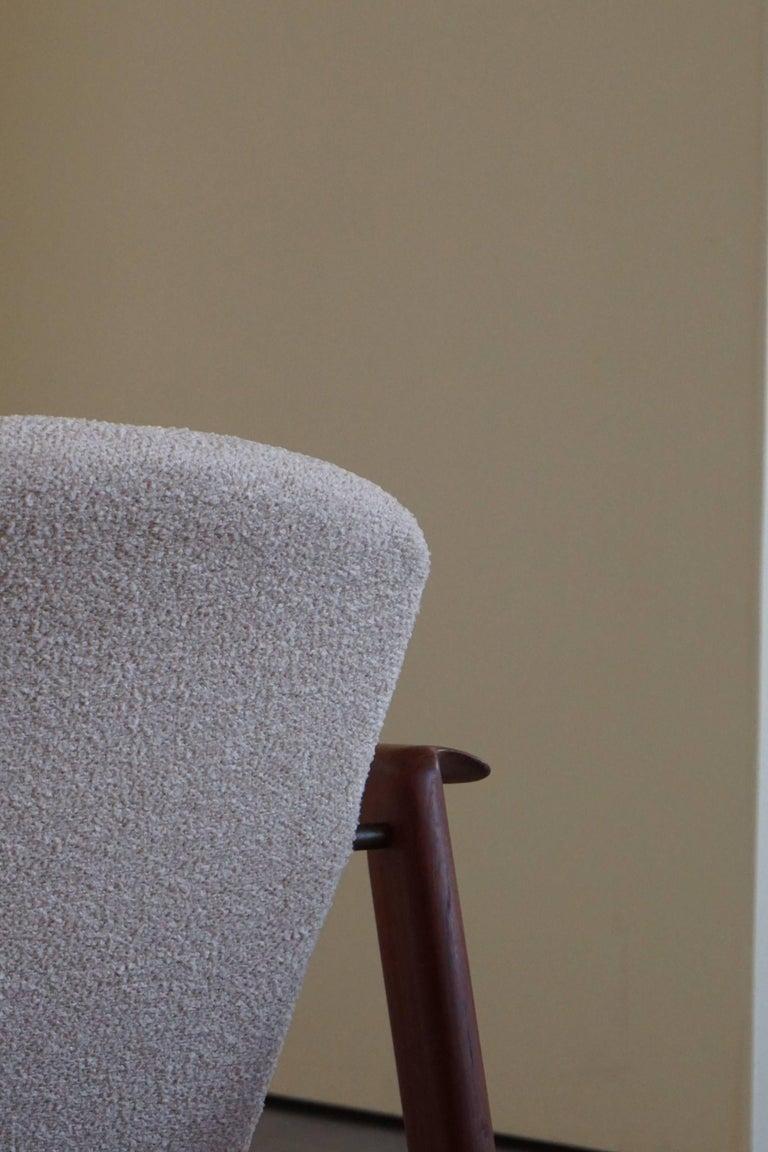 Scandinavian Modern Mid Century Danish Lounge Chair in Teak and Bouclé, Finn Juhl Style, 1960s For Sale