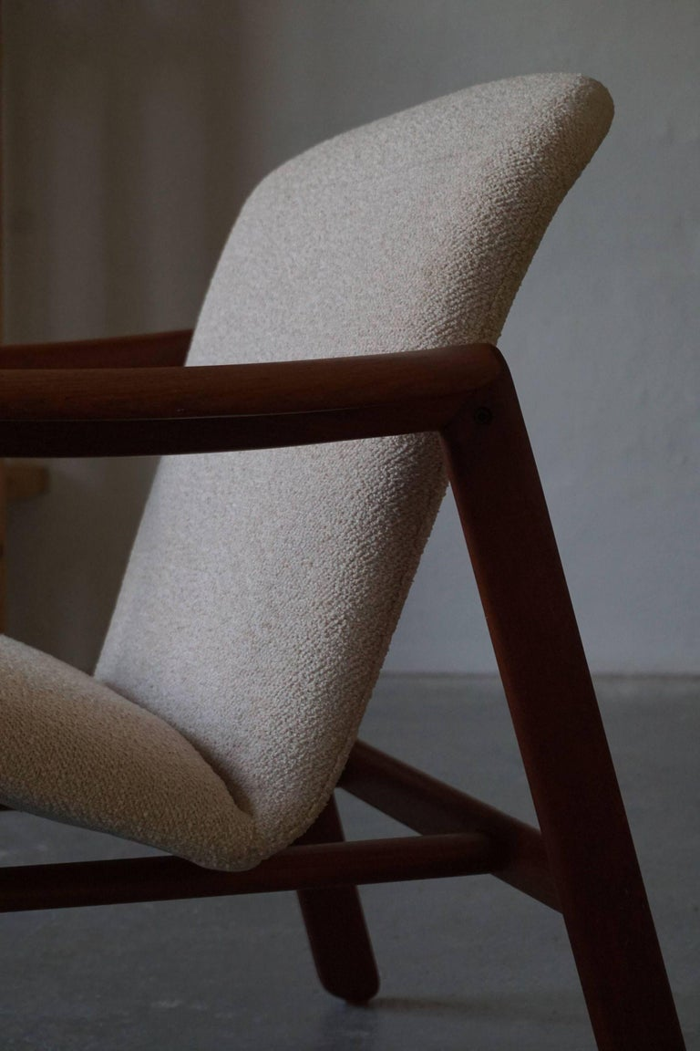 Mid-20th Century Mid Century Danish Lounge Chair in Teak and Bouclé, Finn Juhl Style, 1960s For Sale