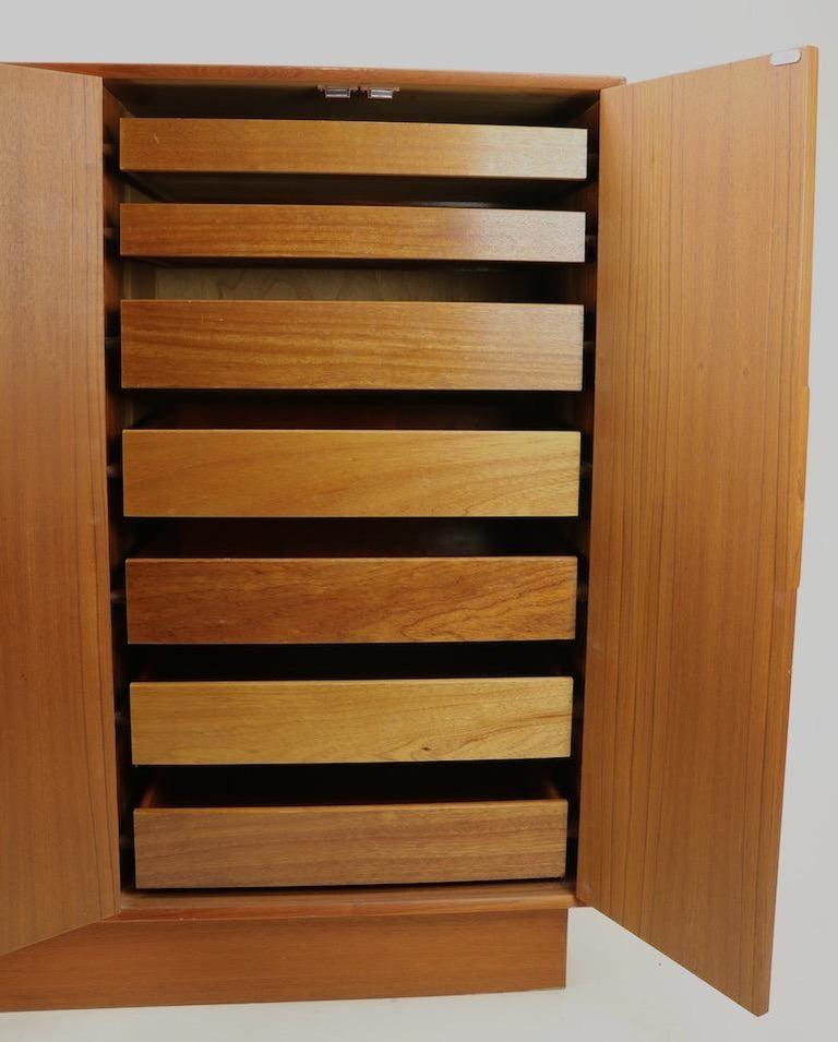 Scandinavian Modern Mid Century  Danish Modern Chifferobe Dresser by Westnofa For Sale