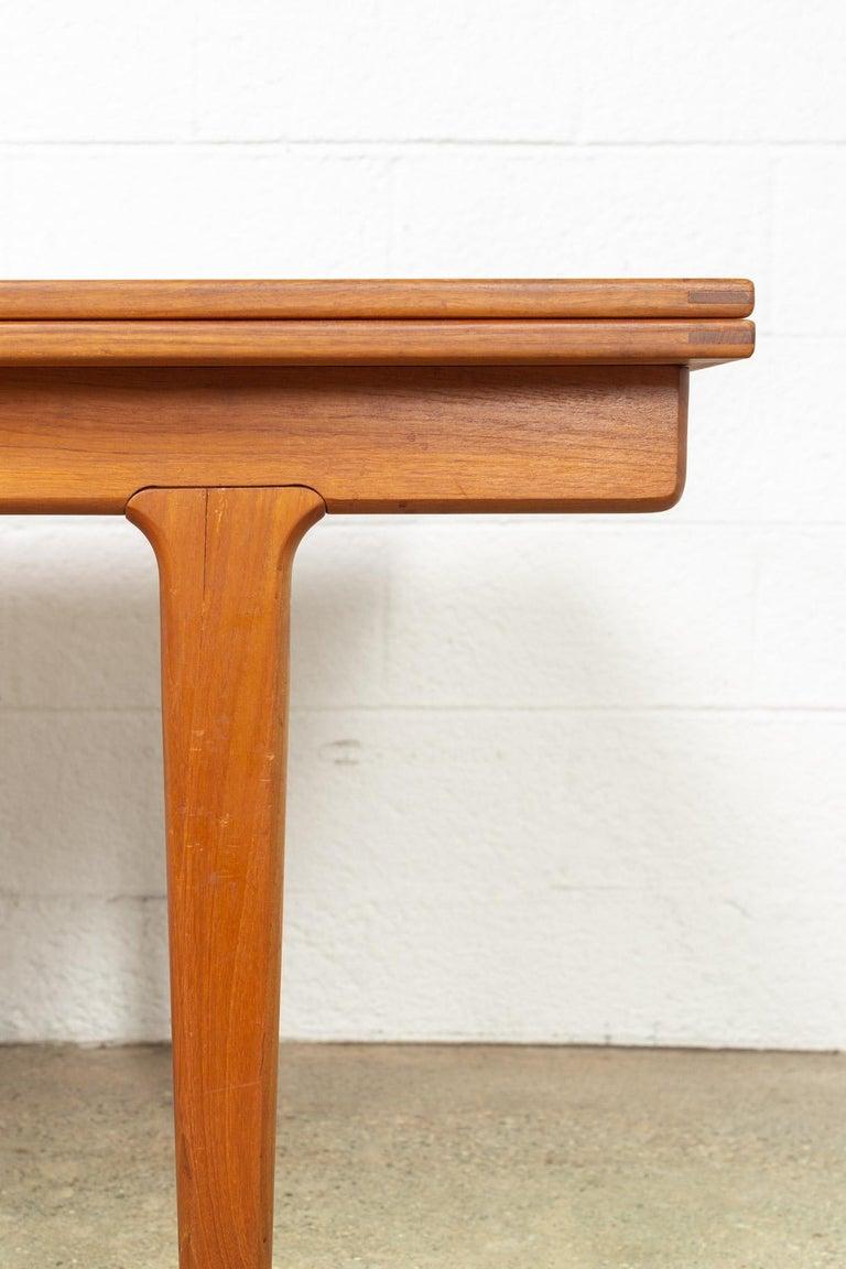 Midcentury Danish Modern Henning Kjaernulf Extendable Dining Table, 1960s For Sale 2