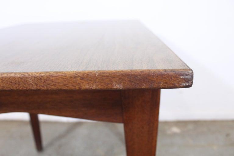 Mid-Century Danish Modern Jens Risom Walnut End/Side Table For Sale 4